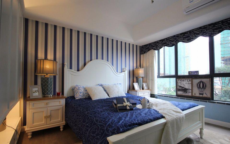 精致白色卧室装修案例效果图