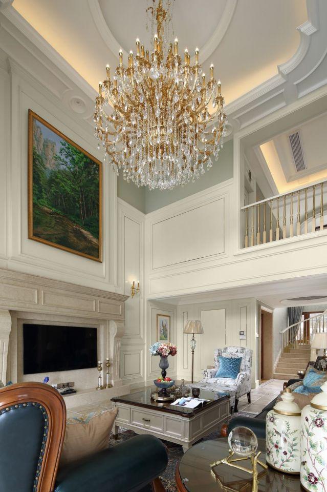 客厅米色背景墙简欧风格装饰图片