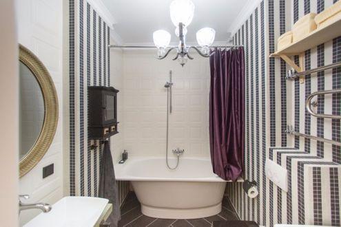 浴室浴缸北欧装修设计图片