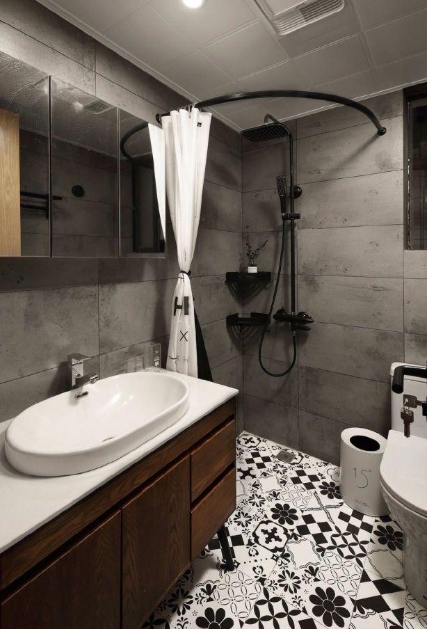 卫生间彩色地砖北欧风格装修设计图片