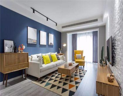 客厅白色沙发北欧风格装修图片