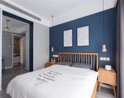卧室橙色床头柜北欧风格装修设计图片