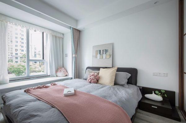 卧室白色背景墙现代简约风格装潢效果图