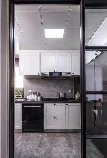 厨房白色橱柜混搭风格装潢效果图