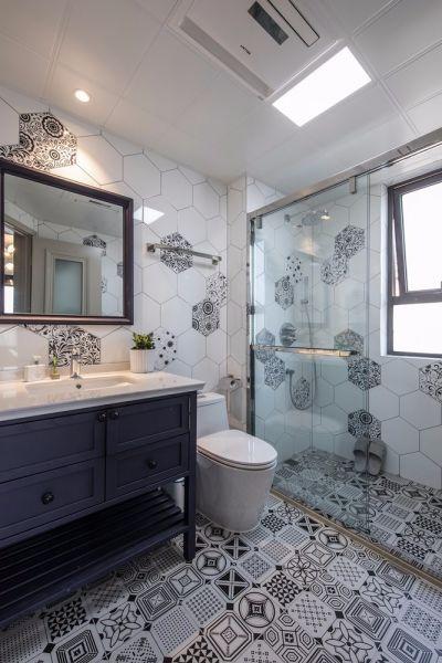 卫生间黑色地砖混搭风格装饰图片
