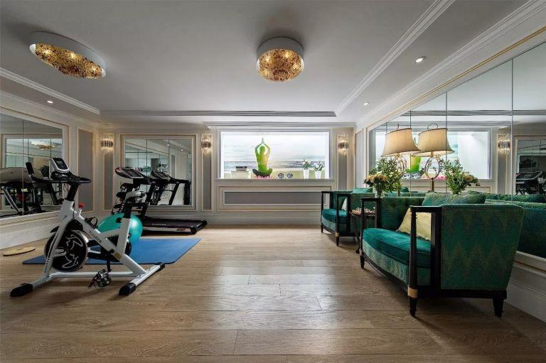 健身房地板砖美式装修实景图片