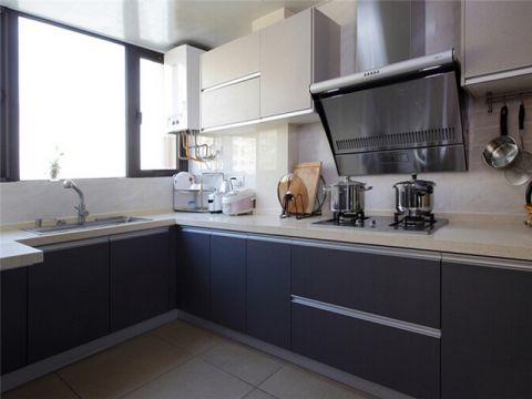 合肥天珑广场105平现代简约风格三居室装修案例