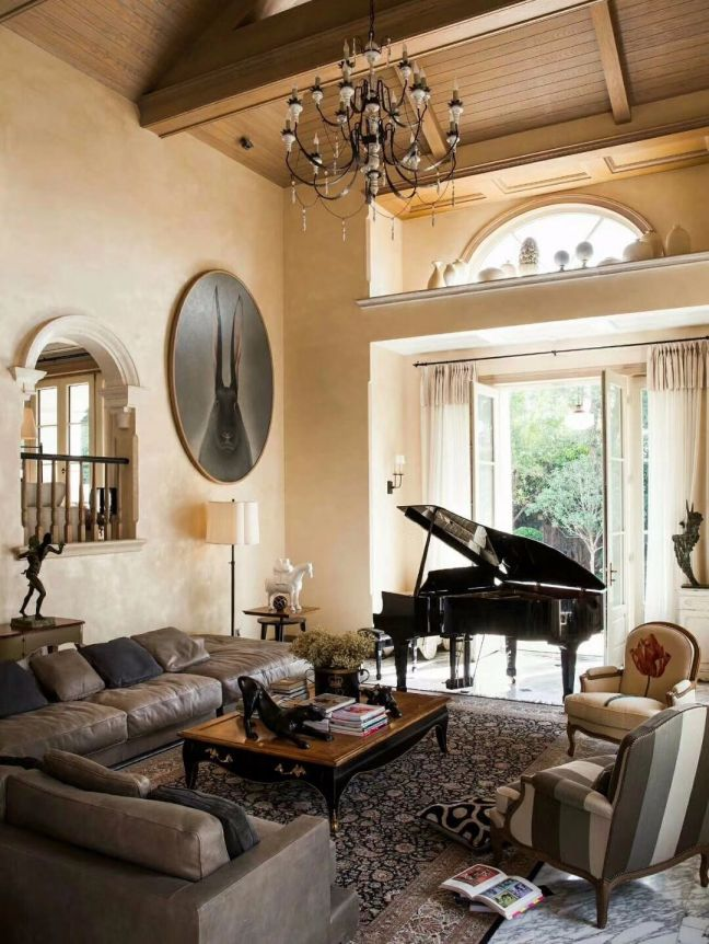 客厅茶几法式风格装潢效果图