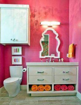卫生间米色洗漱台混搭风格装修图片