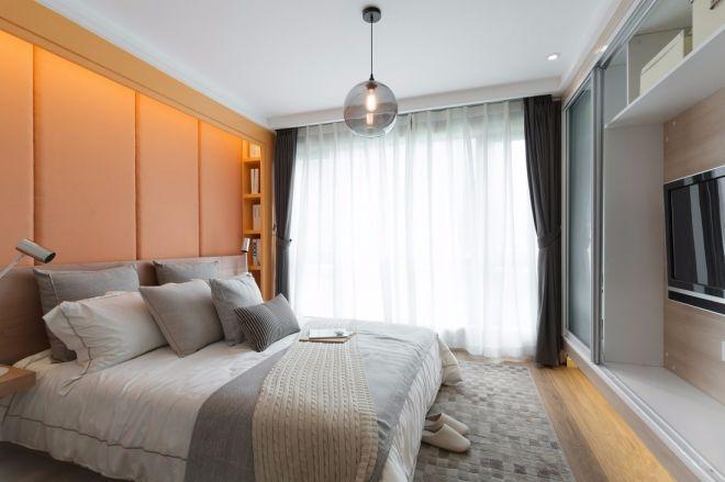 2019现代卧室装修设计图片 2019现代窗帘装修效果图片