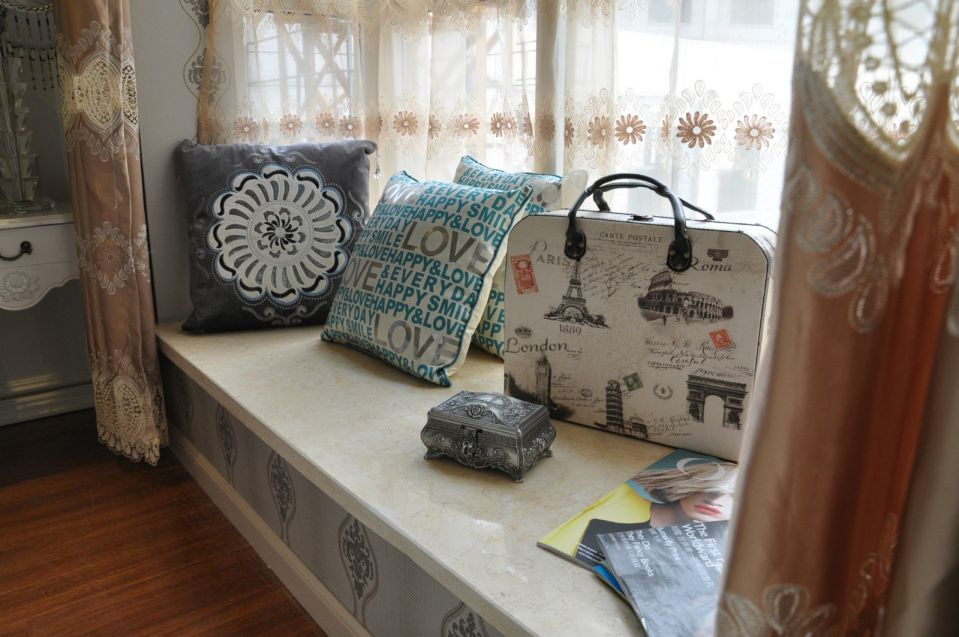 卧室白色窗台新古典风格装修效果图