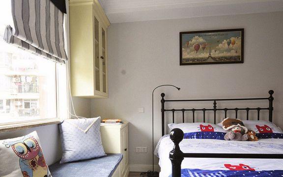 设计优雅白色卧室装修设计图片