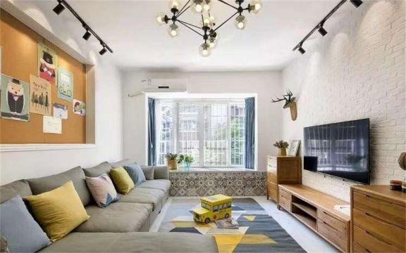 客厅灰色沙发现代简约风格装潢设计图片