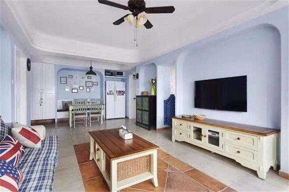客厅米色电视柜地中海风格装饰图片