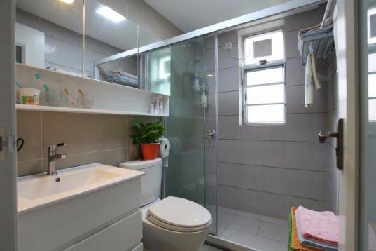 卫生间白色洗漱台简约风格装潢效果图