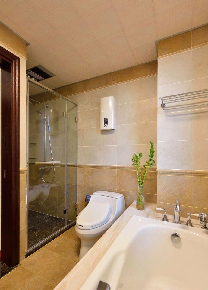 卫生间米色背景墙装修案例图片