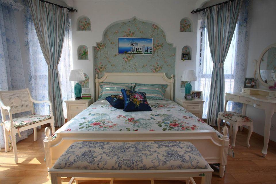 臥室米色床地中海風格裝潢圖片