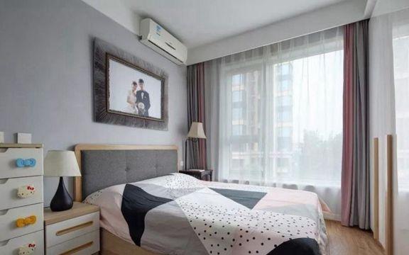 卧室背景墙现代简约U乐国际u乐娱乐平台图片