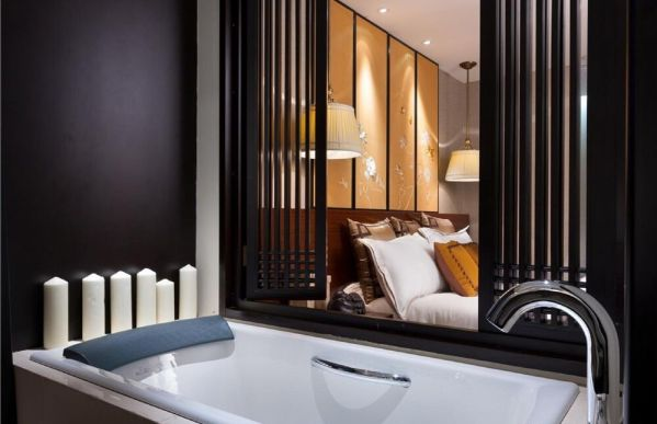 浴室浴缸新中式风格装潢设计图片