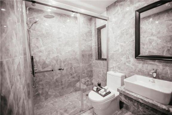 衛生間灰色背景墻新中式風格裝潢圖片