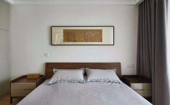 清爽现代简约咖啡色床装潢实景图