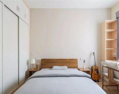 唯美白色卧室装潢图片
