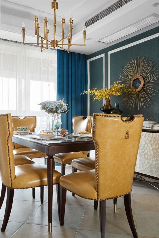 美式餐厅餐桌装修案例图片