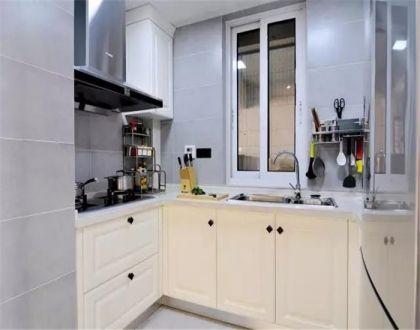 简约厨房橱柜装修实景图