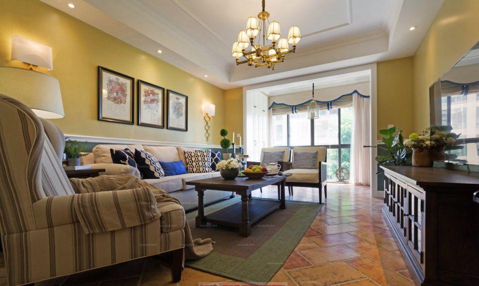 客厅背景墙欧式装饰设计