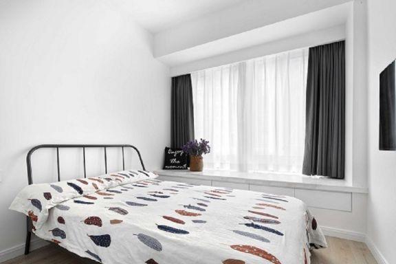 现代简约卧室窗帘装潢图片
