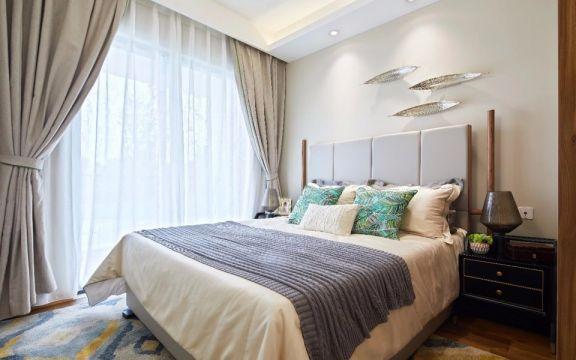 东南亚卧室窗帘装饰设计