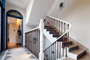 白色樓梯設計效果圖