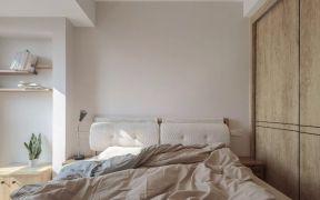 设计优雅原木色衣柜装修实景图片