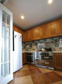 美式厨房吊顶设计图欣赏