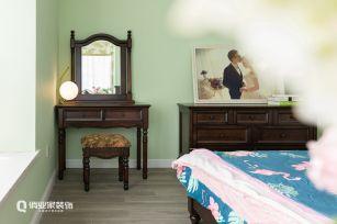 美式卧室照片墙效果图大全