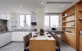 潮流现代原木色餐桌室内u乐娱乐平台图片