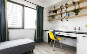 客厅灰色沙发装饰图