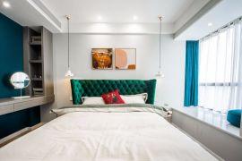 温暖卧室现代装修设计图片