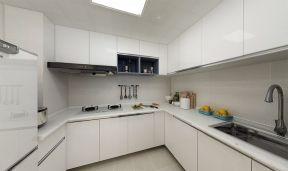 纯净白色厨房装修实景图片