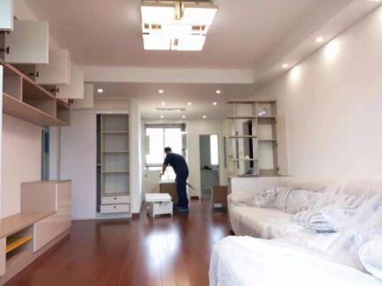 120平欧式二室二厅二阳台一厨一卫一阁楼效果图