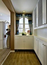 厨房白色推拉门装饰图片