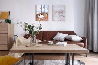 最新简约棕色沙发装潢图
