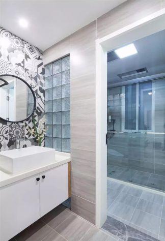 卫生间白色洗漱台设计图欣赏