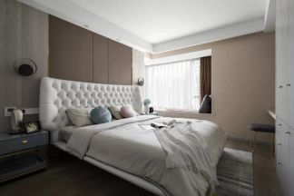 卧室咖啡色背景墙装修设计图片