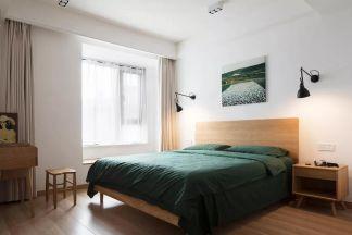 简单大气白色卧室装潢图片
