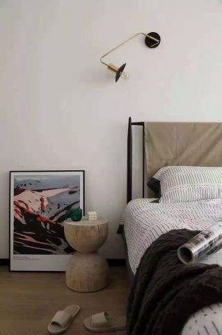 迷人米色卧室装饰效果图