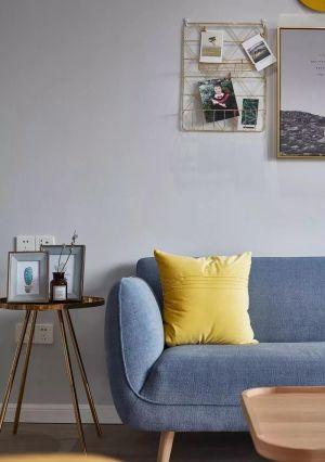 精致紫色客厅图片