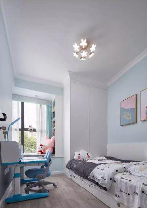 卧室彩色照片墙装饰设计