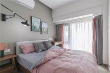 创意卧室床装饰实景图