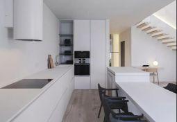 厨房白色橱柜装修案例图片